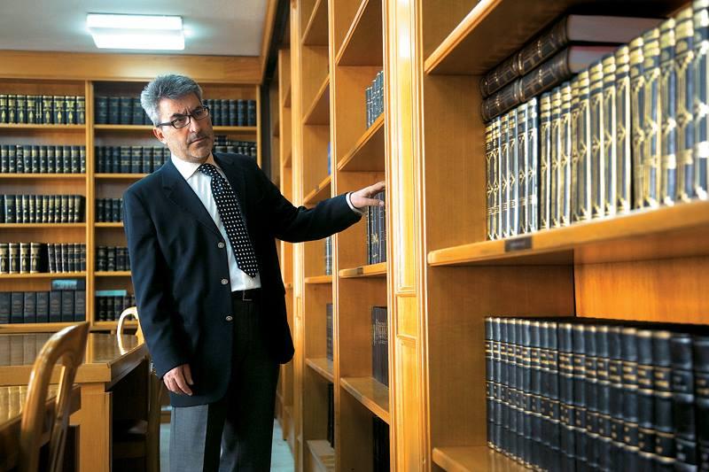 Θ. Ξανθόπουλος: Ζεστό χρήμα θέλουν οι τράπεζες και βάζουν κεφαλικό φόρο σε κάθε συναλλαγή