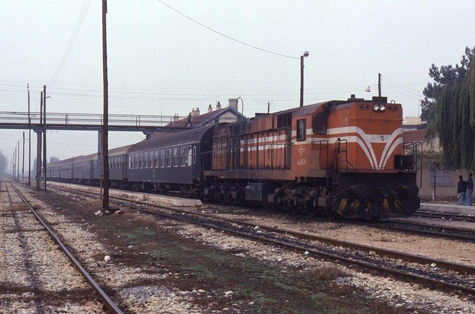 Ερώτηση για την αναστολή των δρομολογίων όλων των τρένων από τη Δράμα προς τη Θράκη