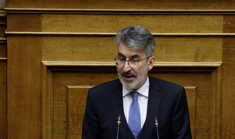 Θ. Ξανθόπουλος στην Ολομέλεια της Βουλής: Να επαναπροσδιοριστούν αυτόματα, χωρίς επιβάρυνση πολιτών και δικηγόρων, όλες οι υποθέσεις που ματαιώθηκαν στα δικαστήρια λόγω της πανδημίας-