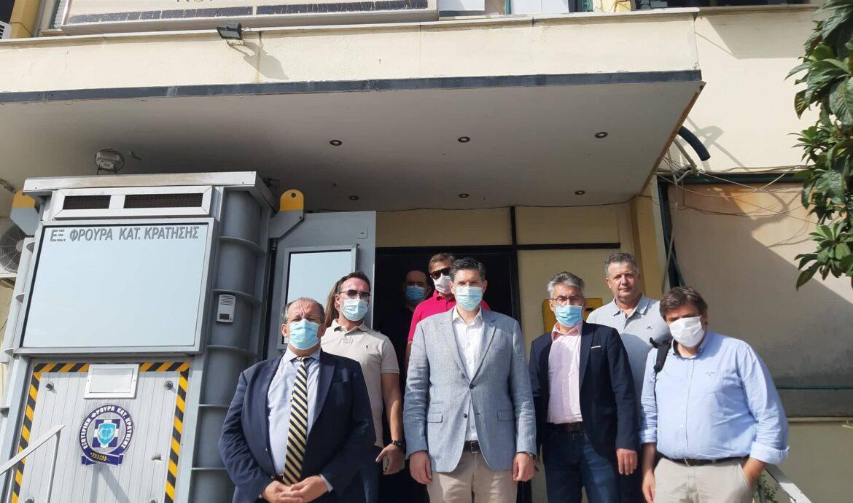 Επίσκεψη αντιπροσωπείας του ΣΥΡΙΖΑ στις φυλακές Κορυδαλλού-Ειδική μέριμνα για προληπτικούς διαγνωστικούς ελέγχους για covid-19 στο προσωπικό και στους κρατούμενους