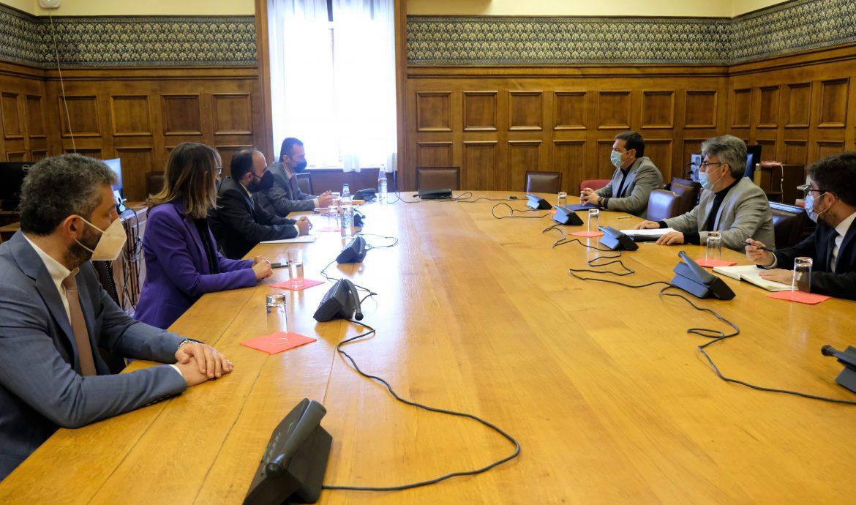 Συνάντηση του Προέδρου του ΣΥΡΙΖΑ-Προοδευτική Συμμαχία Αλ. Τσίπρα με αντιπροσωπεία του Προεδρείου της Ένωσης Δικαστών και Εισαγγελέων