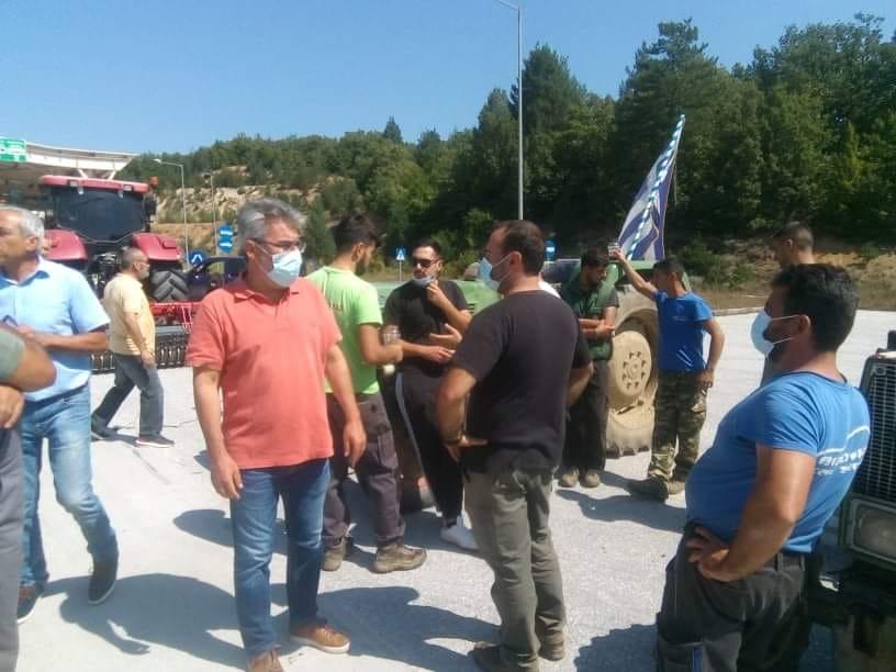 Συμπαράσταση στους αγρότες του Νευροκοπίου-Το επιτελικό κράτος κωφεύει-Ο αγώνας είναι μονόδρομος